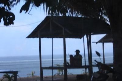 Suasana Pantai Base G dan Samudera Pasifik
