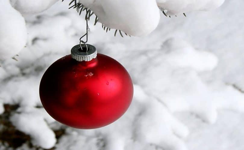 Memajang Ucapan Selamat Natal