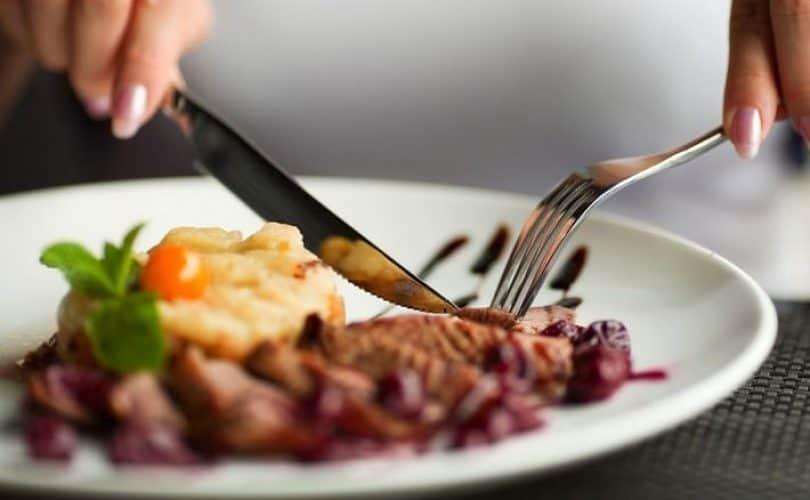 Fikih Bismillah Sebelum Makan
