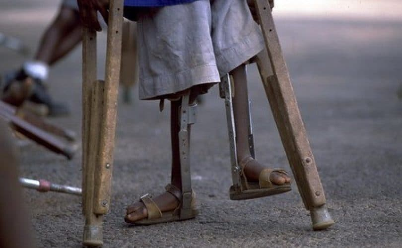 Hukum Vaksinasi Polio (1) : Prosesnya Bersinggungan Dengan Bahan Dari Babi?