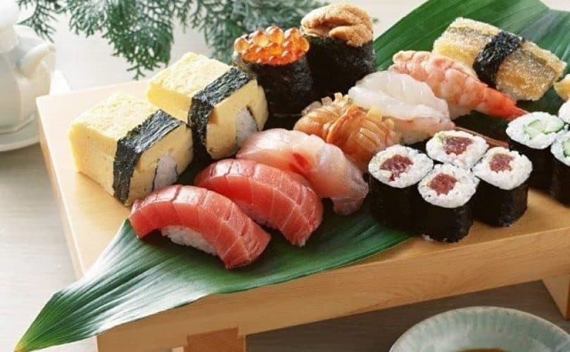 Fatwa Ulama: Hukum Makan Di Restoran Jepang Atau Cina