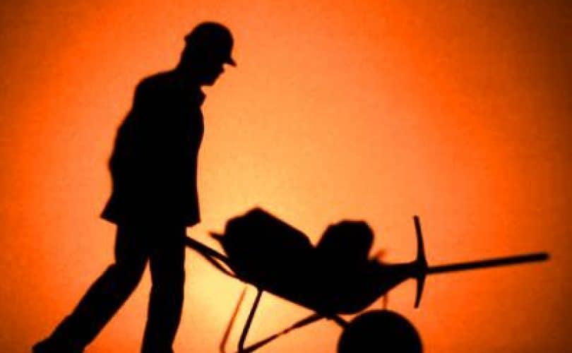 Tidak Membayar Upah Buruh Pekerja akan Menjadi Musuh Allah di Hari Kiamat